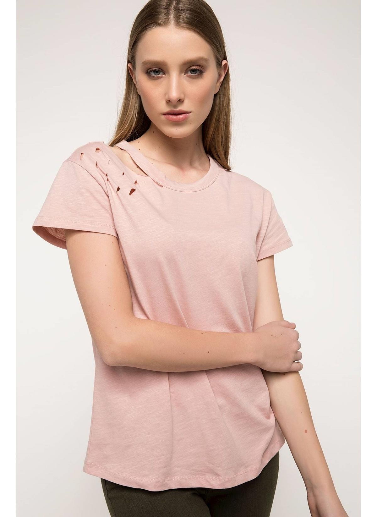 Defacto Yırtık Detaylı T-shirt I4790az18spbr86t-shirt – 24.99 TL